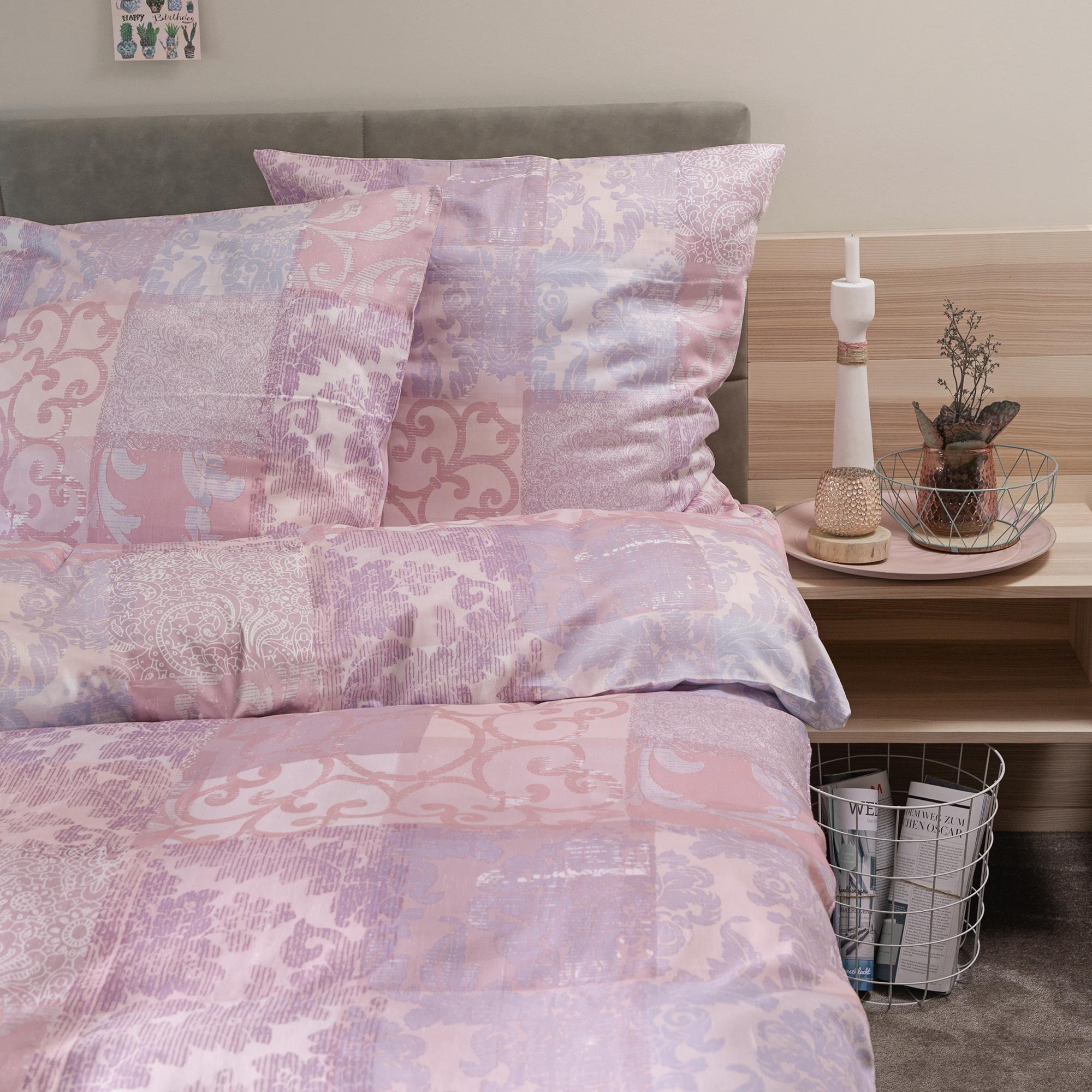 zeitgeist bettw sche schlafzimmer im dachgeschoss kleiderablage ikea schalke bettw sche lampe. Black Bedroom Furniture Sets. Home Design Ideas