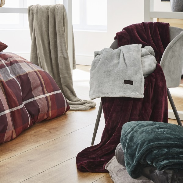 Fluffy-Flanell-Decke s.Oliver 3805